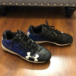 Under Armour Youth baseball cleats